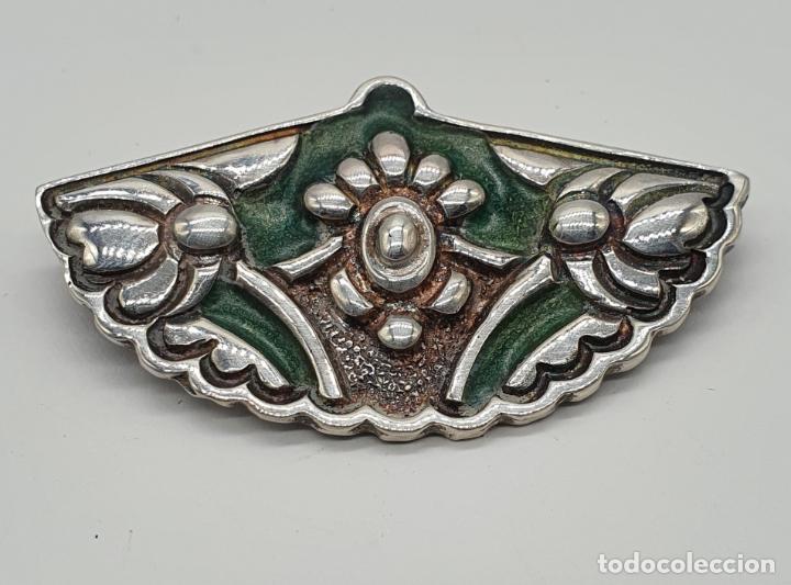 Joyeria: Bello broche antiguo en plata de ley repujada y esmaltes con forma de abanico de época . - Foto 6 - 214578787
