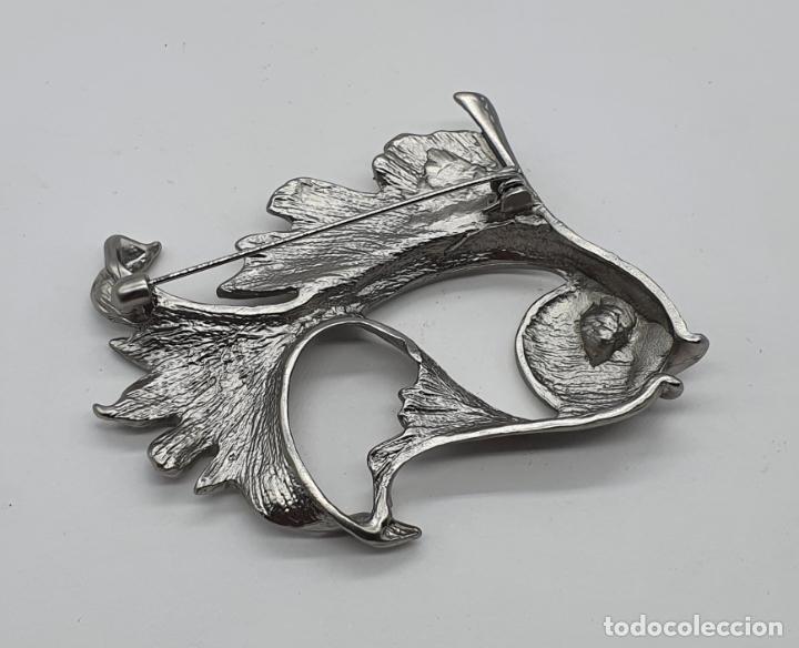 Joyeria: Precioso broche de carpa Japonesa con acabado en plata mate y símil de rubí en el ojo . - Foto 5 - 214724902
