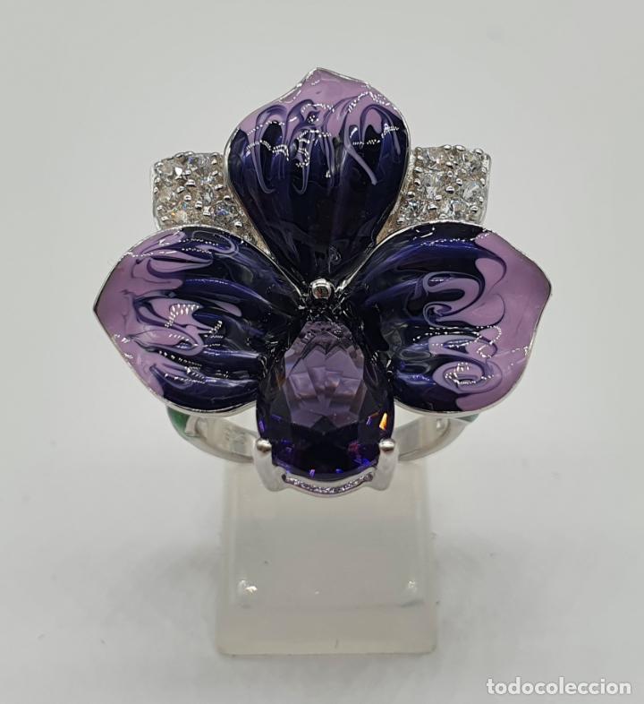 Joyeria: Fantástica sortija orquídea en plata de ley contrastada, esmaltes, circonitas y amatista talla pera - Foto 5 - 214728030