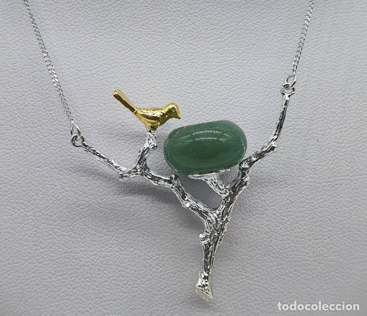 Joyeria: Bella gargantilla con ave sobre rama, diseño minimalista en plata de ley, oro de 18k y jade natural - Foto 2 - 215191313