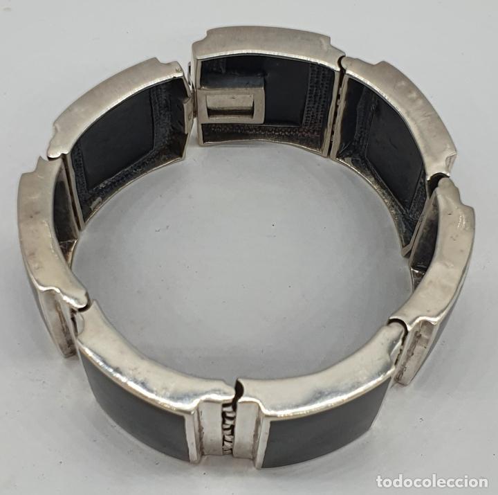 Joyeria: Gran brazalete de eslabones articulados en plata de ley contrastada y aplicaciones en símil de onix - Foto 3 - 215391455