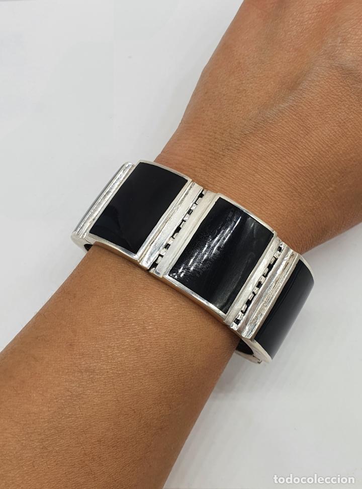 Joyeria: Gran brazalete de eslabones articulados en plata de ley contrastada y aplicaciones en símil de onix - Foto 9 - 215391455