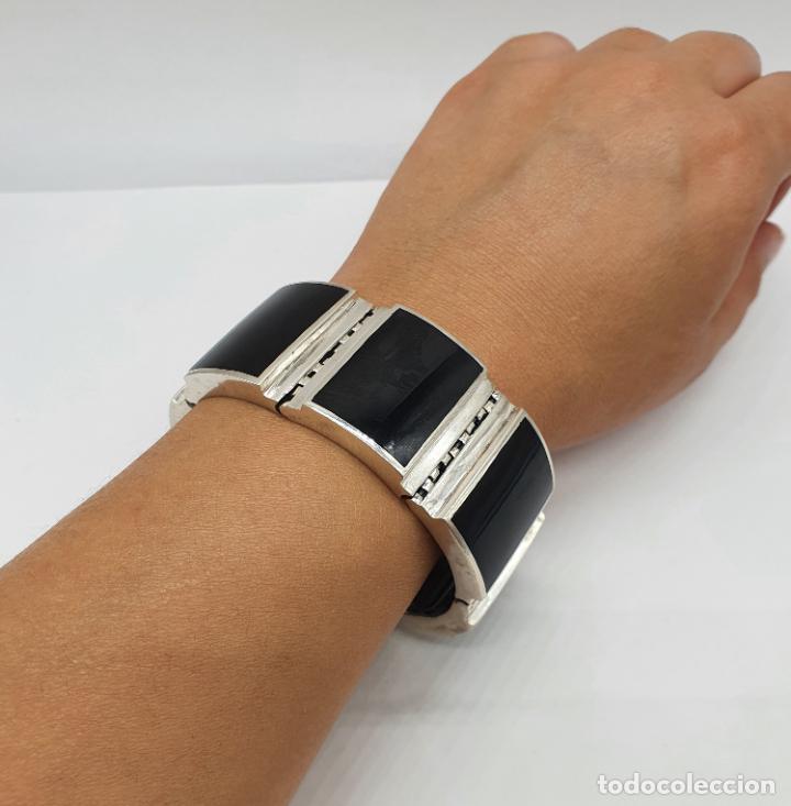 Joyeria: Gran brazalete de eslabones articulados en plata de ley contrastada y aplicaciones en símil de onix - Foto 10 - 215391455
