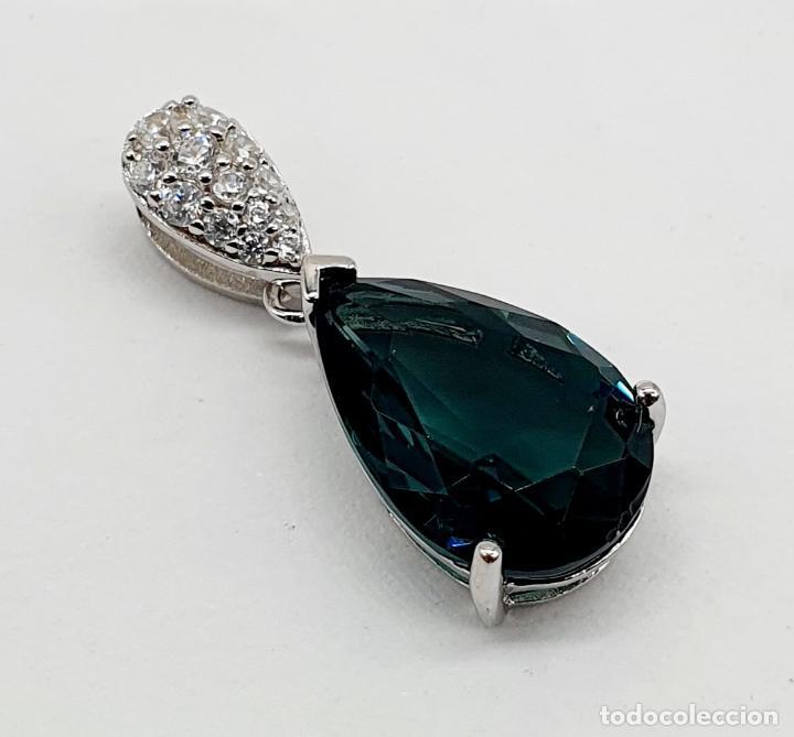 Joyeria: Elegante colgante en plata de ley, circonitas talla brillante y turmalina talla pera engarzada . - Foto 2 - 215393741