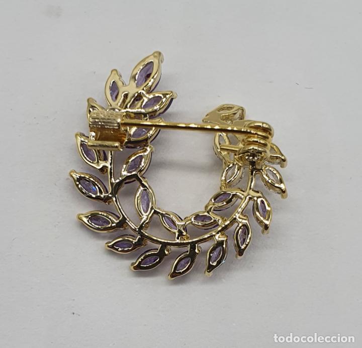 Joyeria: Bello broche vintage de estilo victoriano chapado en oro, circonitas y amatistas talla marqués . - Foto 5 - 215398543