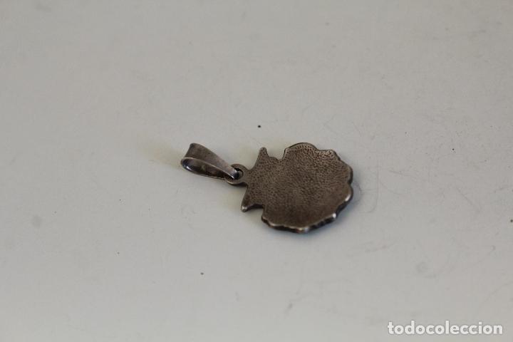 Joyeria: COLGANTE VIEIRA EN PLATA DE LEY CON ESMALTE - Foto 2 - 218139157