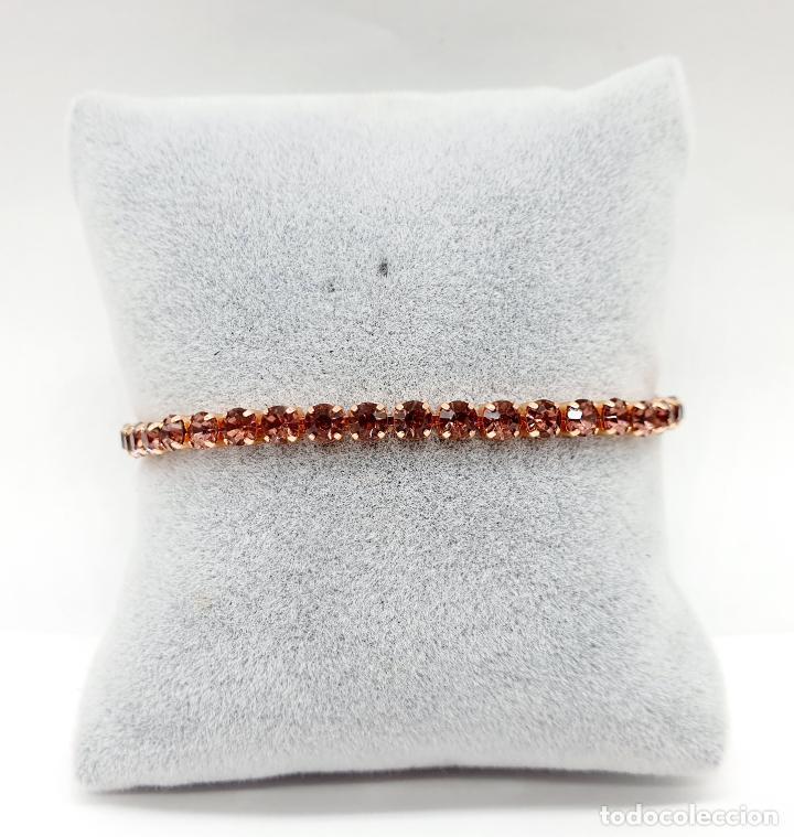 Joyeria: Elegante pulsera con baño de oro rosa de 18k y circonitas en tono vino rosado engarzadas . - Foto 3 - 218235635