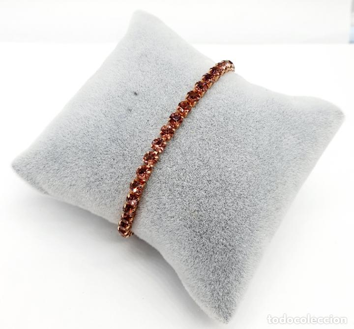 Joyeria: Elegante pulsera con baño de oro rosa de 18k y circonitas en tono vino rosado engarzadas . - Foto 4 - 218235635