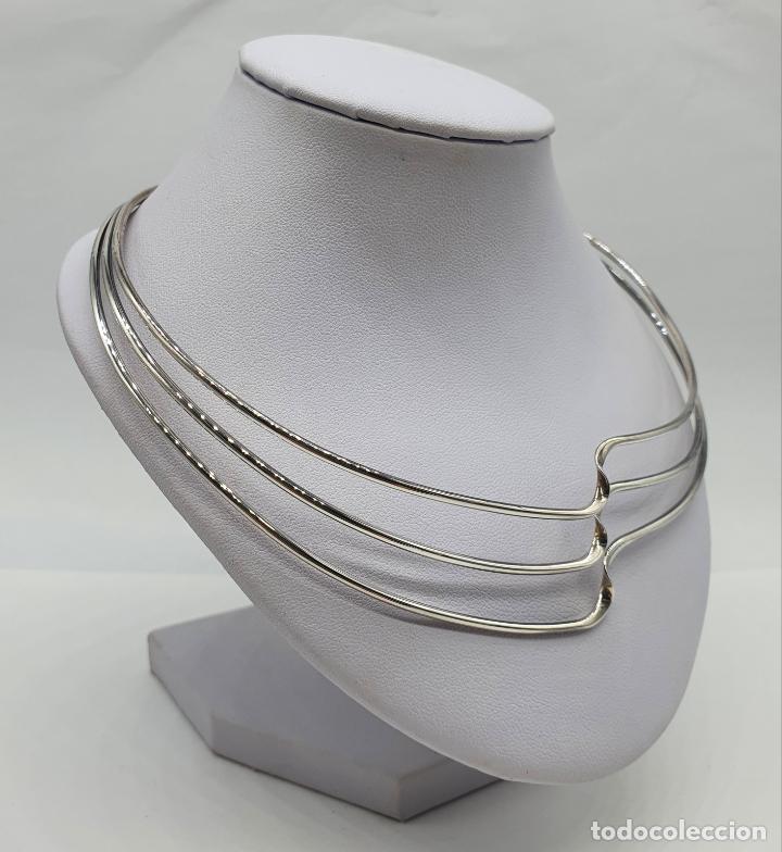 Joyeria: Gargantilla de diseño sofisticado tipo torque en plata de ley maciza con contraste . - Foto 4 - 218706381
