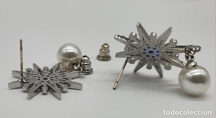 Joyeria: Elegantes pendientes en plata de ley, acabados en oro blanco de 18k, pedrería y perlas . - Foto 6 - 219016238