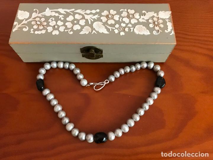 Joyeria: precioso collar/ gargantilla de perlas cultivadas broche de plata de ley 925 con cajita - Foto 2 - 219365222