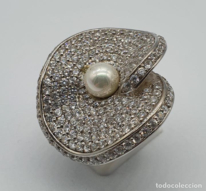 Joyeria: Majestuoso anillo de diseño en plata de ley maciza cuajado de circonitas talla brillante y perla . - Foto 2 - 220650381