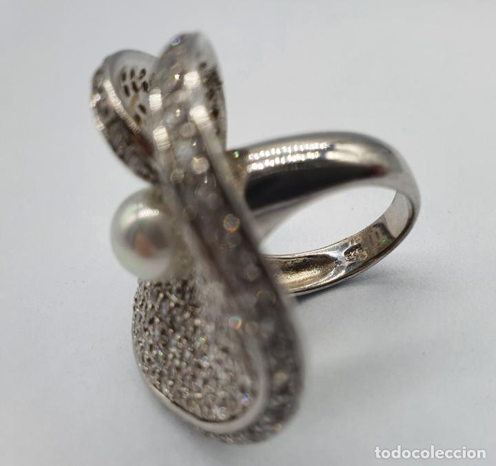 Joyeria: Majestuoso anillo de diseño en plata de ley maciza cuajado de circonitas talla brillante y perla . - Foto 8 - 220650381