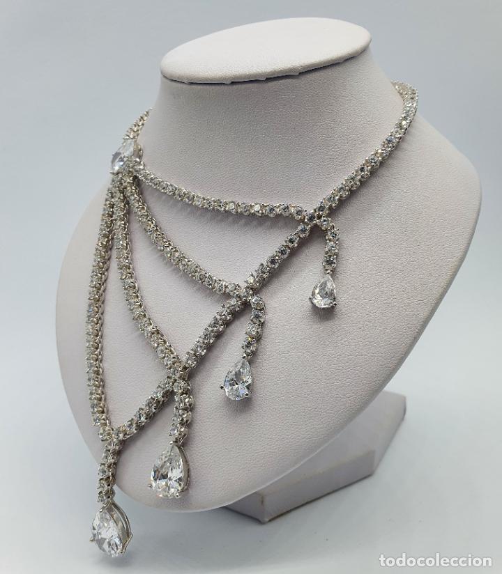 Joyeria: Majestuosa gargantilla de lujo en plata de ley, baño de oro blanco de 18k y circonitas engarzadas . - Foto 2 - 220887317