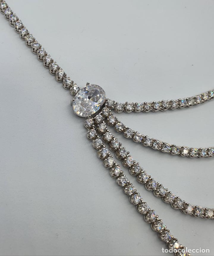 Joyeria: Majestuosa gargantilla de lujo en plata de ley, baño de oro blanco de 18k y circonitas engarzadas . - Foto 8 - 220887317