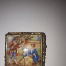 Joyeria: BROCHE DE PORCELANA DE LIMOGES. Lote 221243232