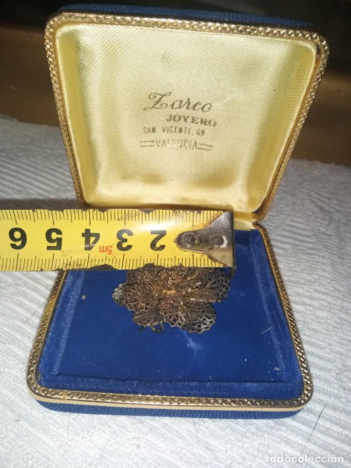 Joyeria: Antiguo broche filigrana plata sobredorada estuche joyería Zarco Valencia calle San Vicente - Foto 3 - 221705547
