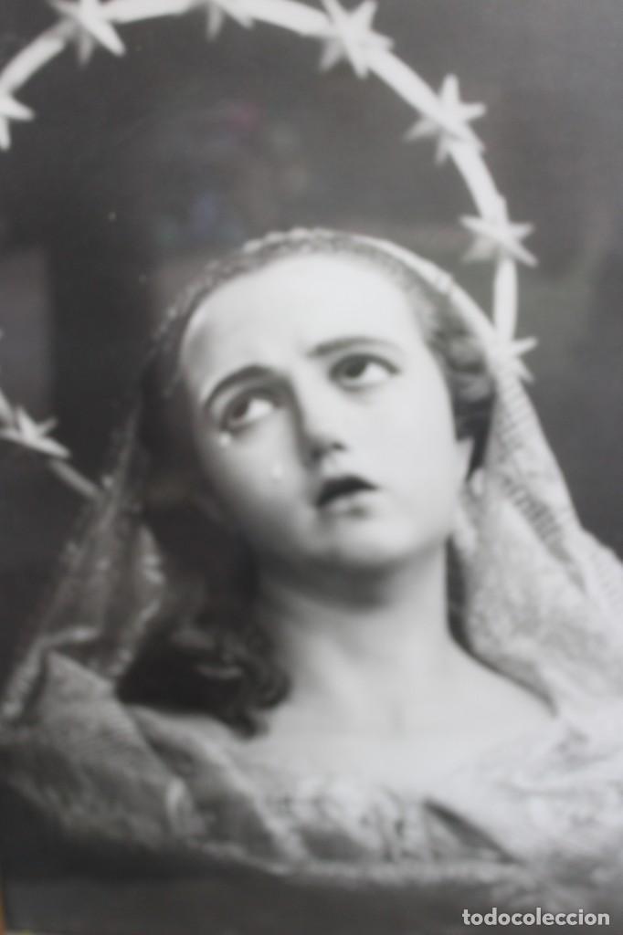 Joyeria: MARCO DE MADERA TALLADA CON FOTOGRAFIA ANTIGUA DE LA DOLOROSA VIRGEN DE SALZILLO SALCILLO MURCIA - Foto 4 - 221890626