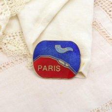 Joyeria: PRECIOSO BROCHE VINTAGE ESMALTADO DE PARIS DE A.B. CON UN PÁJARO. Lote 222386771