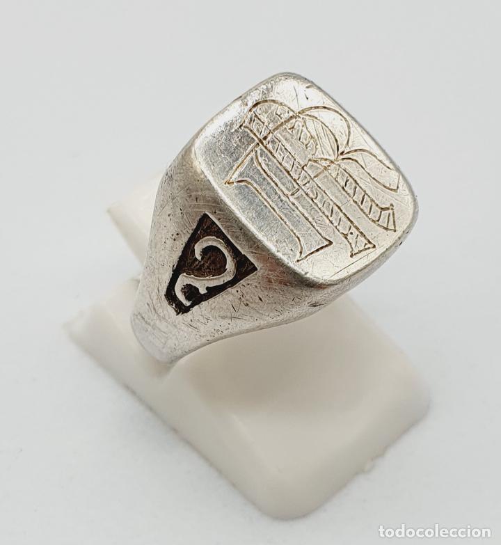 Joyeria: Anillo antiguo tipo sello modernista en plata de ley maciza con iniciales cinceladas a mano . - Foto 4 - 222917558