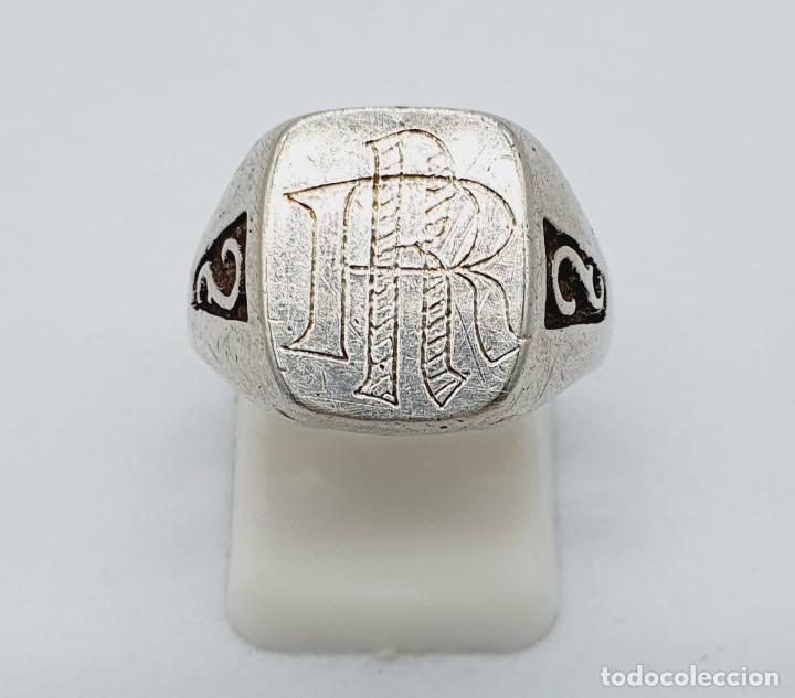 Joyeria: Anillo antiguo tipo sello modernista en plata de ley maciza con iniciales cinceladas a mano . - Foto 5 - 222917558