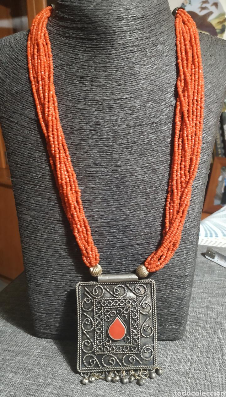 Joyeria: Collar coralina y adornos plata vieja - Foto 3 - 224504773