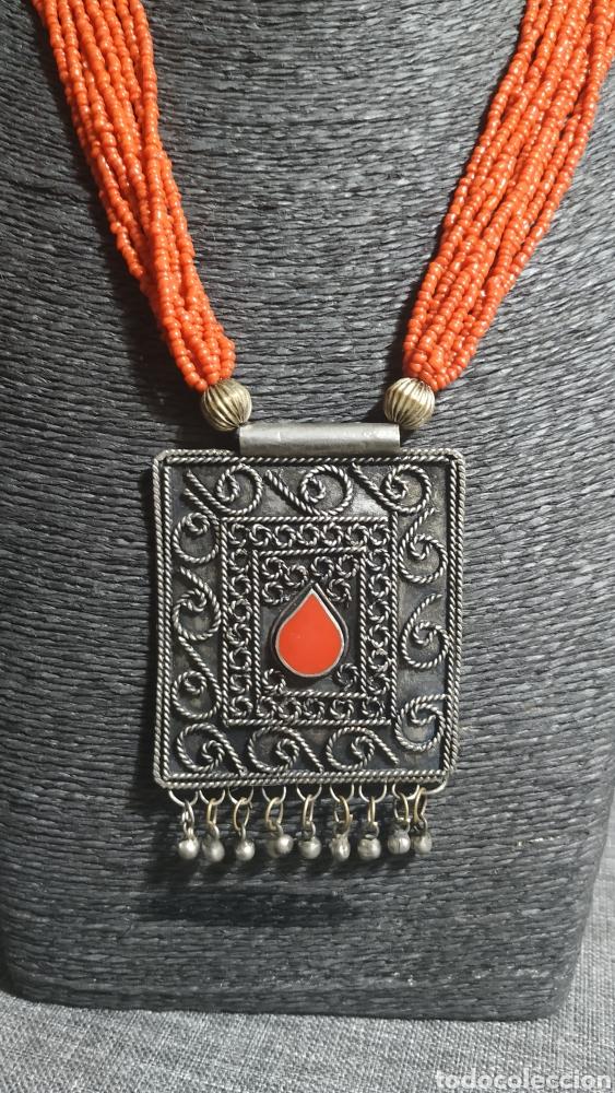 COLLAR CORALINA Y ADORNOS PLATA VIEJA (Joyería - Collares Antiguos)