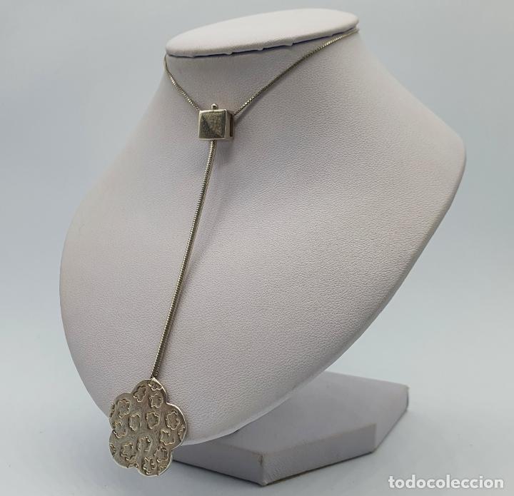 Joyeria: Gargantilla vintage en plata de ley contrastada diseño corbata con medallón de flor . - Foto 2 - 224627698