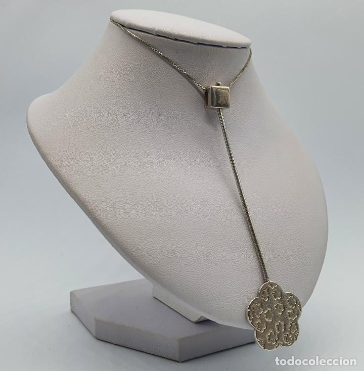 Joyeria: Gargantilla vintage en plata de ley contrastada diseño corbata con medallón de flor . - Foto 4 - 224627698