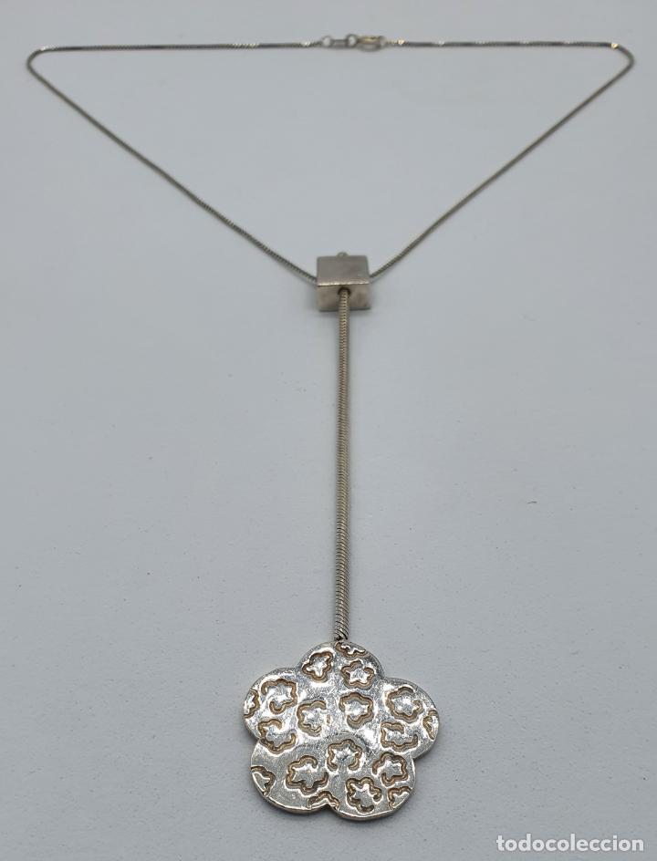 Joyeria: Gargantilla vintage en plata de ley contrastada diseño corbata con medallón de flor . - Foto 5 - 224627698