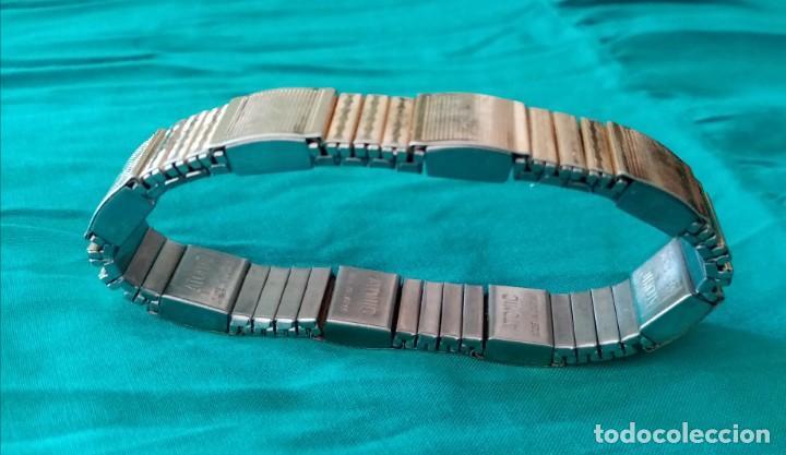 Joyeria: Preciosa pulsera, brazalete. Combina dos colores dorado y plateado. Muy lucida - Foto 3 - 224847890