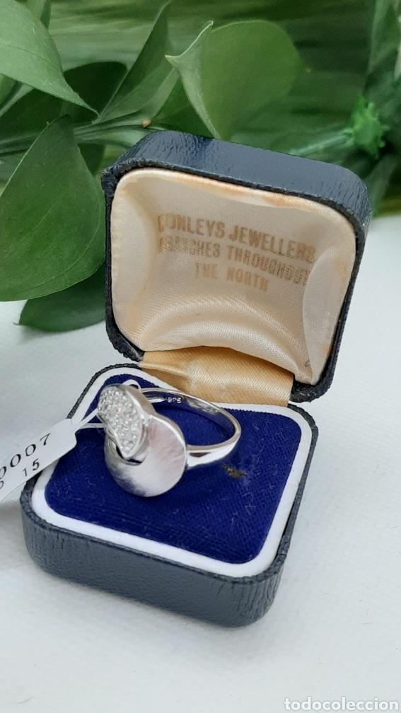 Joyeria: Anillo de plata 925 y circonitas , nr° 15 y 4.20 gramos. Observe las fotos y descripción. - Foto 10 - 228354005