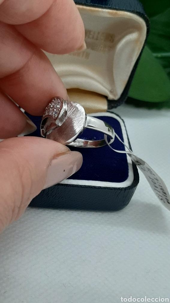Joyeria: Anillo de plata 925 y circonitas , nr° 15 y 4.20 gramos. Observe las fotos y descripción. - Foto 14 - 228354005