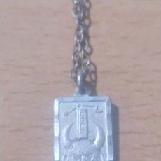 Joyeria: CHAPILLA DE PLATA DE LEY 925 COLGANTE SIGNO.TAURO CON CADENA ESLABONES. Lote 247638275