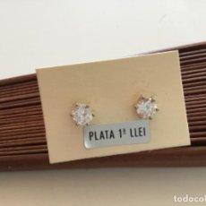 Joyeria: PENDIENTES CIRCONITAS DE 0,50 CM CON GRAPA. PLATA DE LEY.. Lote 234319245