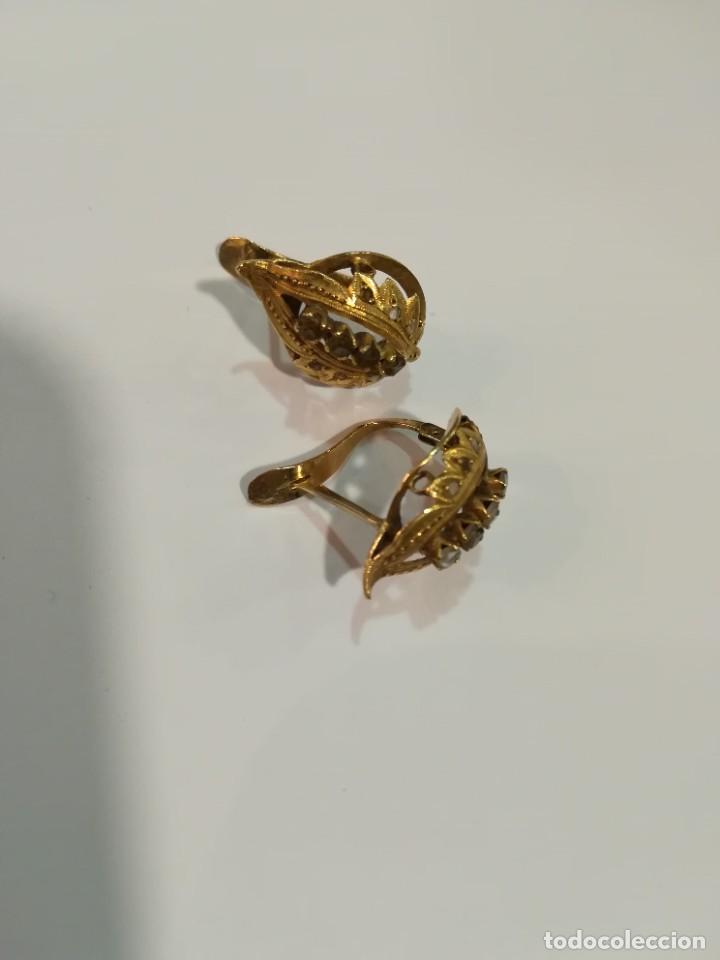 Joyeria: Pareja de pendientes de oro de 18k. Pendientes antiguos hoja. Con cristalitos. Perfecto estado. - Foto 5 - 234923680