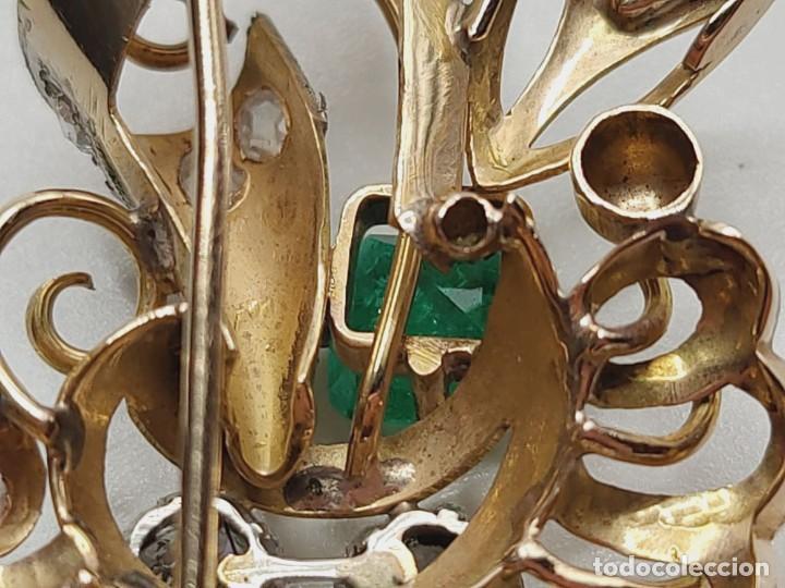 Joyeria: BROCHE ART DECÓ. ORO AMARILLO 18K, ESMERALDA, 17 DIAMANTES TALLA ANTIGUA. ESPAÑA. AÑOS 20/30 - Foto 8 - 235085675