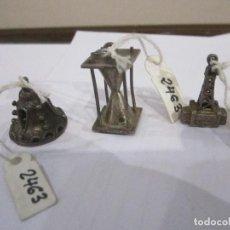 Joyeria: LOTE DE TRES COLGANTES DE PLATA MEDIDA 2,5 Y 2 CM. PESO DE LOS TRES 14. GR.. Lote 235268335
