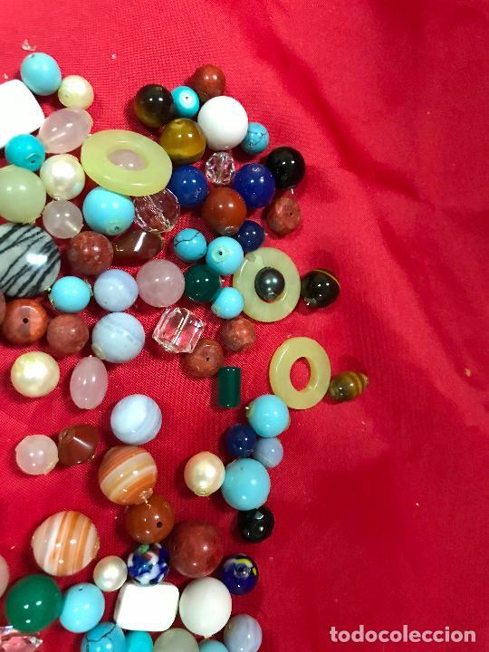 Joyeria: lote de bolas piedras de diferentes medidas y estilos, turquesitas, ojo de tigre etc, - Foto 3 - 236341200