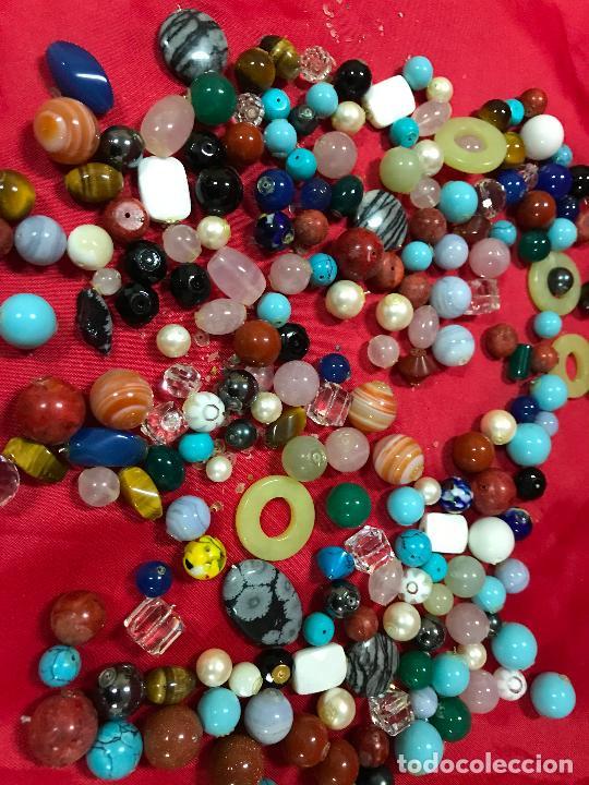 Joyeria: lote de bolas piedras de diferentes medidas y estilos, turquesitas, ojo de tigre etc, - Foto 5 - 236341200