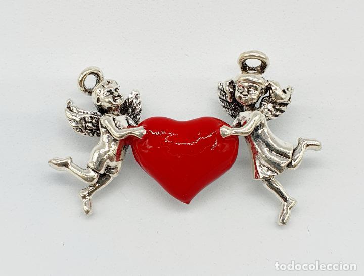 Joyeria: Bello broche de estilo vintage, corazón sujeto por dos angelitos con baño de plata y esmalte rojo . - Foto 6 - 241477105