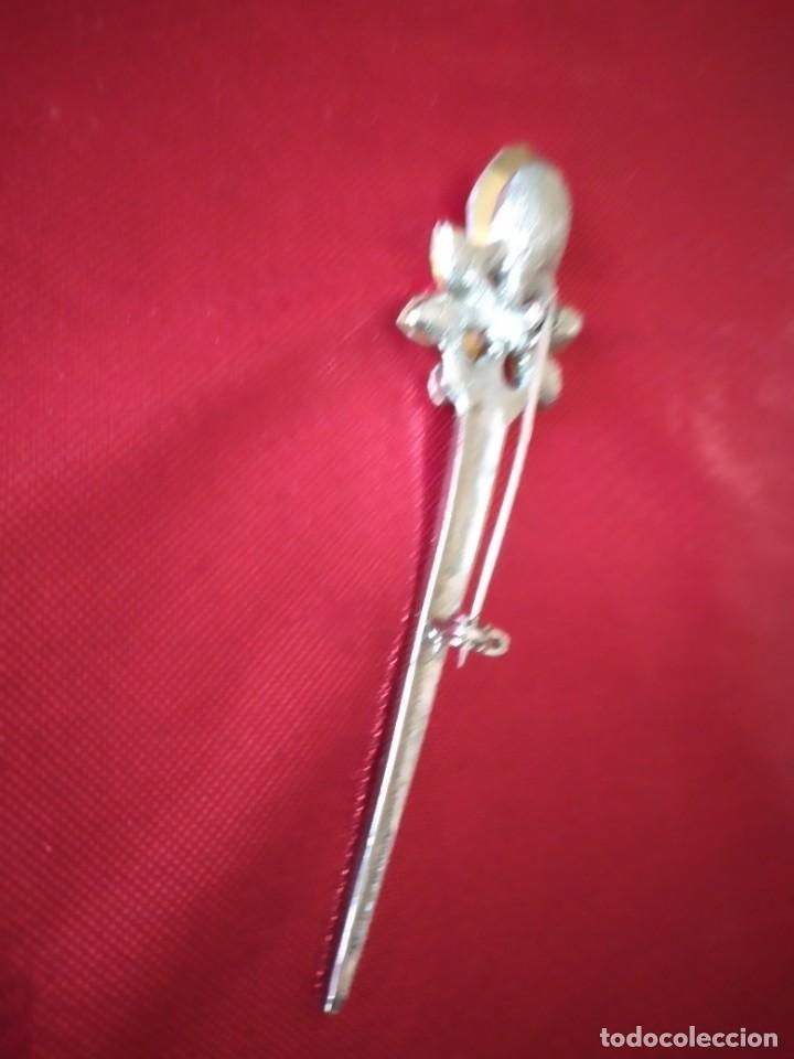 Joyeria: Precioso broche de metal plateado con cristales. - Foto 5 - 242398075