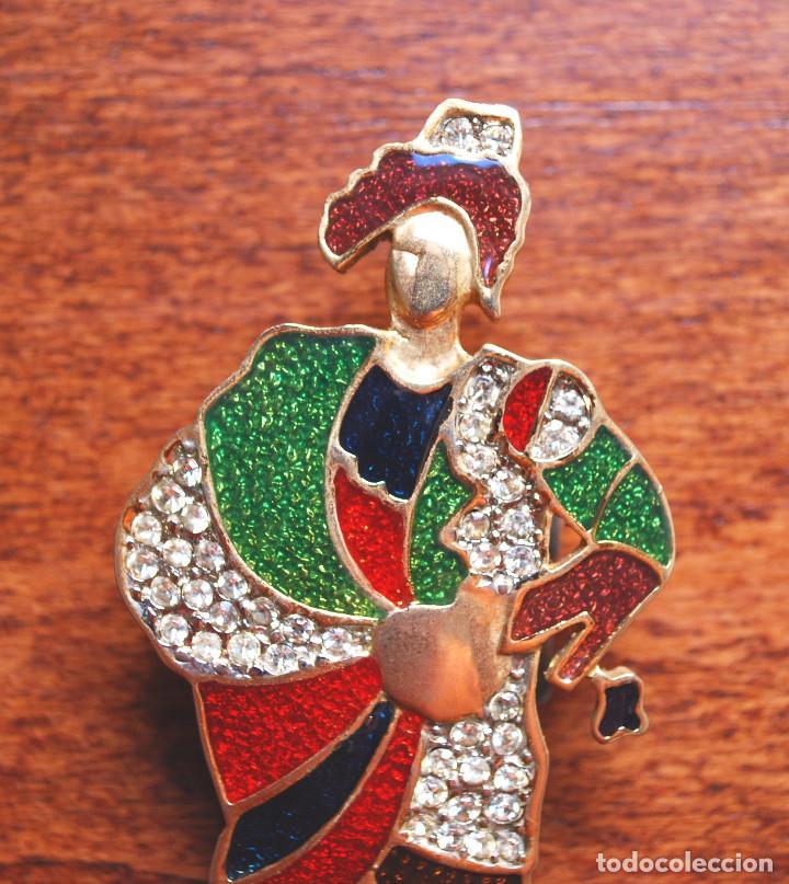 Joyeria: Precioso broche de metal chapado en oro, esmalte y circonitas, firmado Leritz (fotos adicionales) - Foto 2 - 244268260