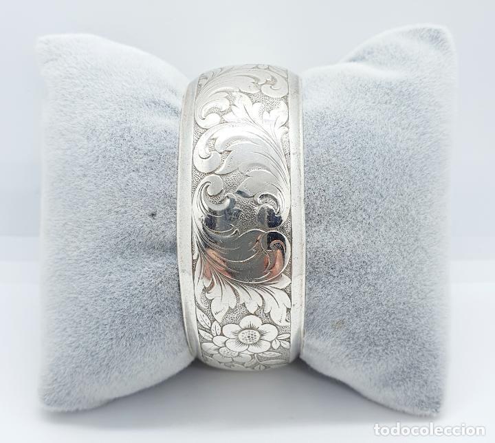 Joyeria: Precioso brazalete antiguo en plata de ley bellamente cincelada a mano con motivos rococó . - Foto 5 - 249333160