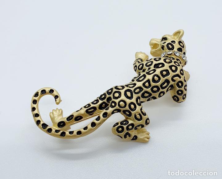 Joyeria: Elegante broche de lujo, pantera con acabado en oro mate, esmalte y circonitas talla brillante . - Foto 2 - 254856610