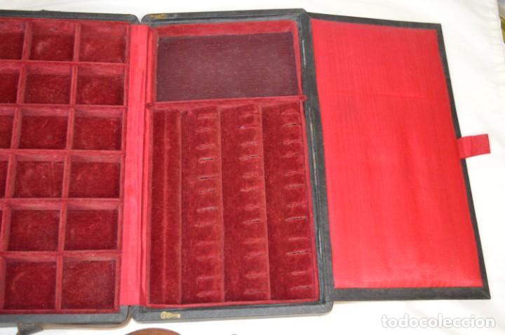 Joyeria: Vintage - CAJA / ESTUCHE - Muestrario portátil de venta ambulante de joyas / AÑOS 50/60 ¡Mira, raro! - Foto 5 - 260816365