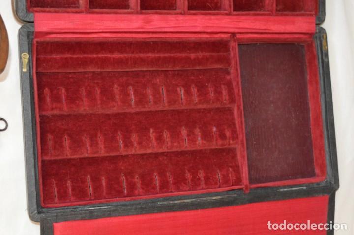 Joyeria: Vintage - CAJA / ESTUCHE - Muestrario portátil de venta ambulante de joyas / AÑOS 50/60 ¡Mira, raro! - Foto 7 - 260816365