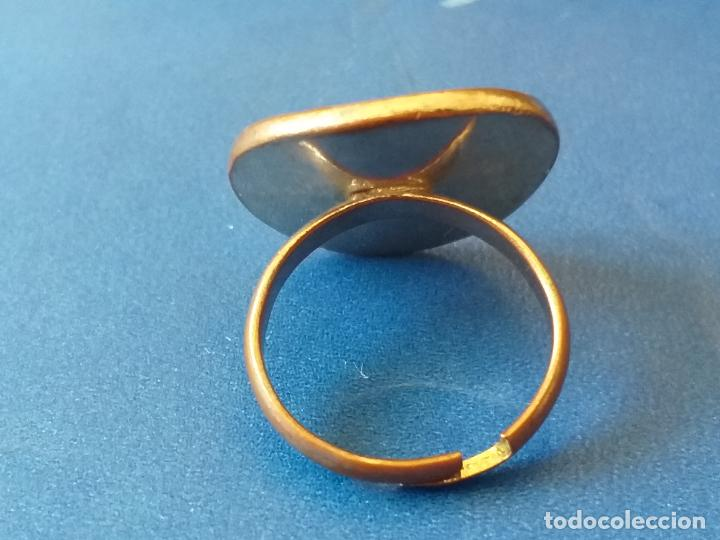 Joyeria: Anillo o sortija. Metal plateado y multicolor. Adaptable - Foto 3 - 261151705