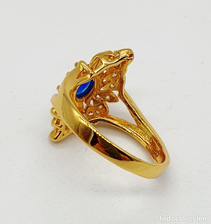Joyeria: Anillo vintage tipo lanzadera chapado en oro de 18k, circonitas talla brillante y zafiro creado . - Foto 6 - 261964025