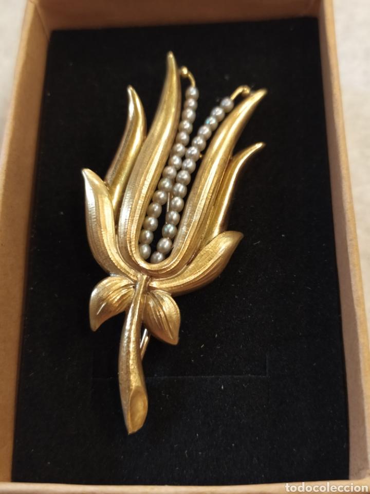 Joyeria: Broche art Déco oró 18k y perlas, motivos florales. - Foto 2 - 268616234